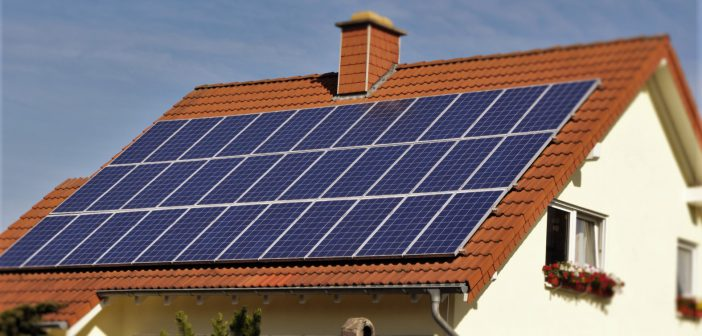 Otthon Melege-támogatás: házszigetelés, napelem, napkollektor