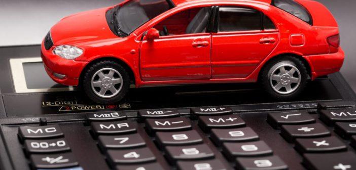 Autó és kalkulátor