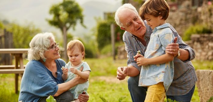 Nagyszülői GYED – kinek jár, igénylése, összege