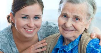Idős hölgy, nyugdíjas