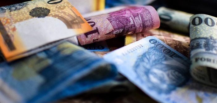 Jelentősen emelkedik a minimálbér
